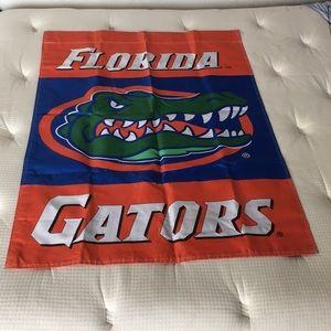 UNIVERSITY OF FLORIDA GATORS UF FLAG